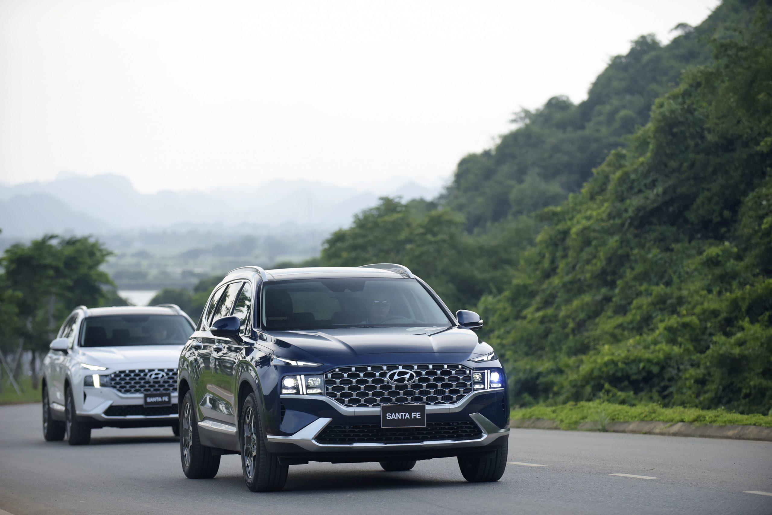 Hyundai-Santa-Fe-2021-75-scaled_-10-06-2021-11-09-25.jpg